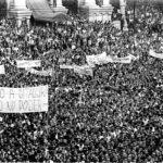 1968, revoltas no Brasil e no mundo: a barricada fecha a rua, mas abre caminhos